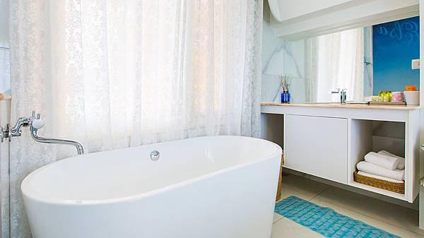 愛爾莎-浴室.jpg