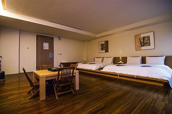 room-2-2-360-1