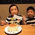 女兒當天生日蛋糕.jpg