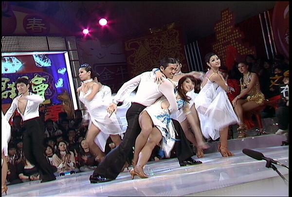 王尹平的舞蹈超出意外地好