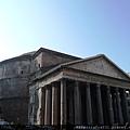 218米開朗基羅盛讚天使的羅馬萬神殿.JPG