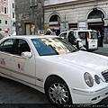 267羅馬街上TAXI名車.JPG