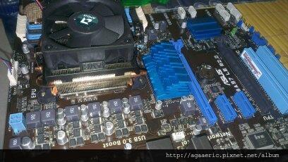呼呼的電腦組裝記-12.jpg