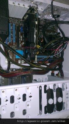 呼呼的電腦組裝記-21.jpg