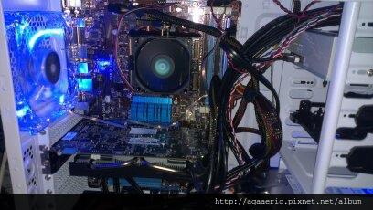 呼呼的電腦組裝記-26.jpg