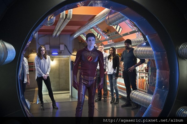THE FLASH-15.jpg