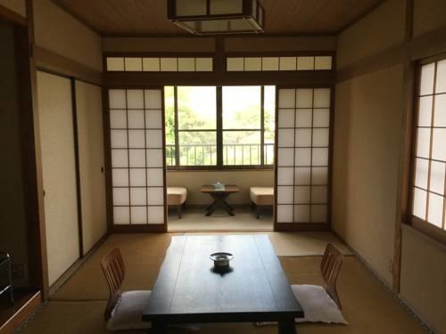 Tatsumi51562503.jpg