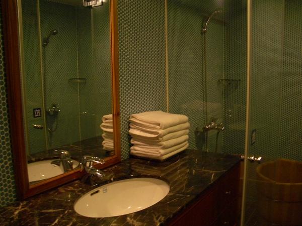 簡單舒適的浴室