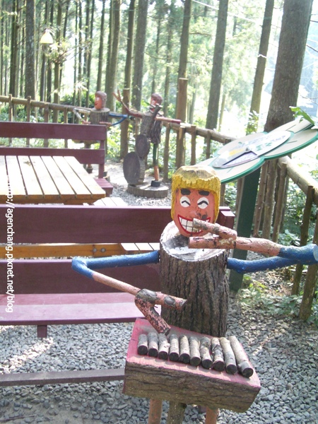 可愛的木雕藝術