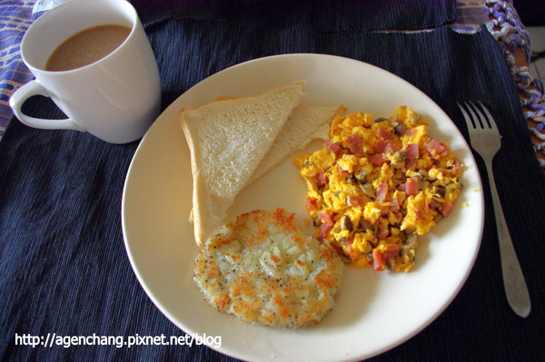 配上熱咖啡就是美味早餐