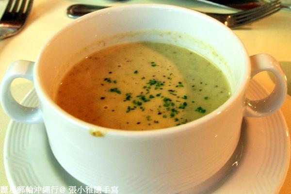 湯品:蘑菇濃湯