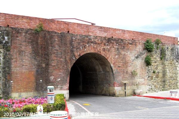這座城門很眼熟吧?!