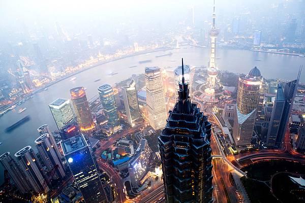Shanghai-China-skyline-2