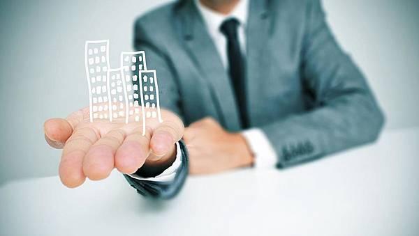 commercial-real-estate-illustration_1200xx2400-1353-0-0.jpg