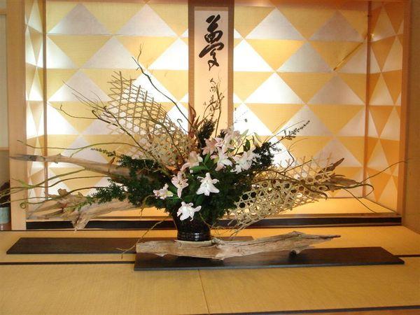 楓雅內部到處飾有草月流的花藝作品