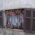 安提貝某民宅的窗台