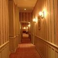 通往房間的長廊
