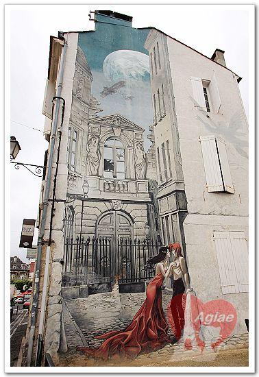 Memoires du XX Ciel de Yslaire (1999). Sain-Andre square.jpg