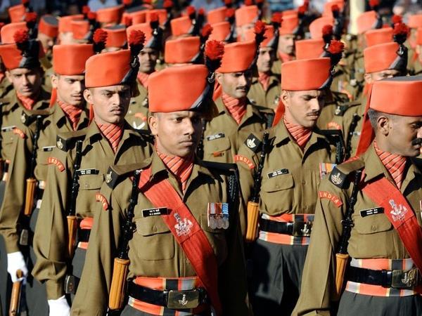 soldats indiens.jpg