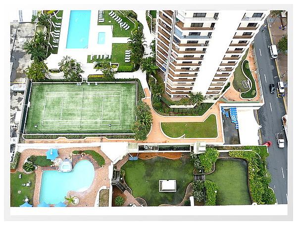 換了飯店 到 countryard Marriot Sufers Paradise Resort