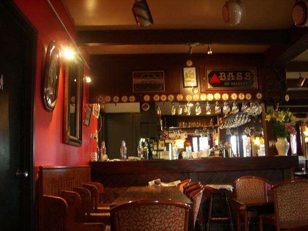 bar 內部