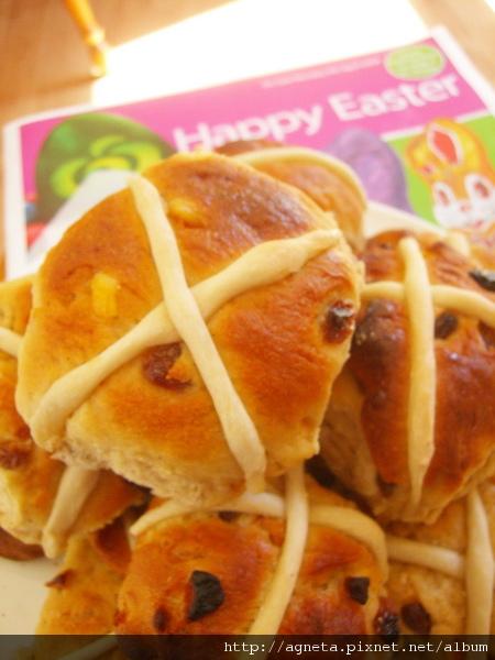 hot cross buns 復活節十字小麵包
