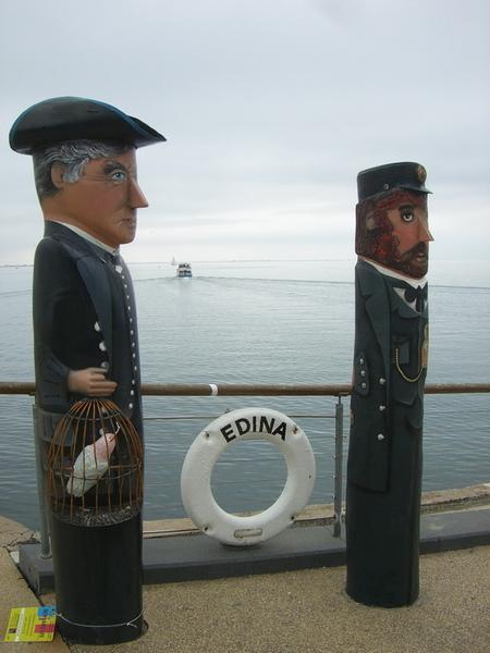 Geelong 木雕人偶 兩個紳士 還帶著鳥籠