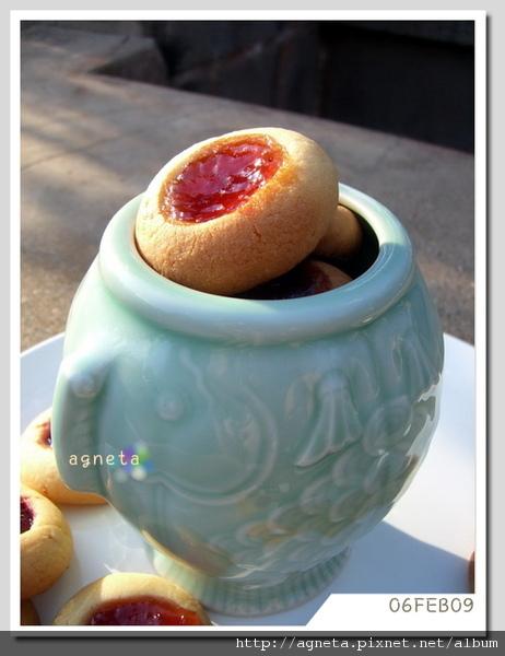 拇指果醬小餅乾