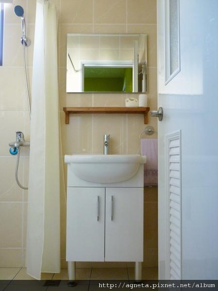 4F 次衛 改換面盆+浴櫃