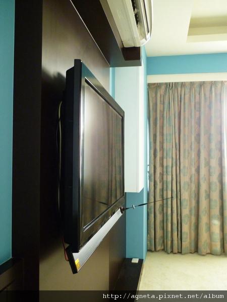 主臥室 電視AP線都藏在電視牆裡