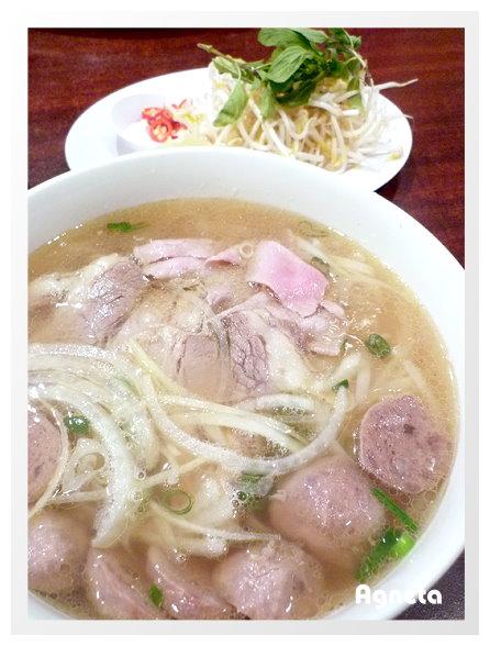 越南生牛肉河粉+牛肉丸