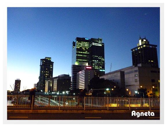晚上到Brisbane 市區跟朋友吃飯