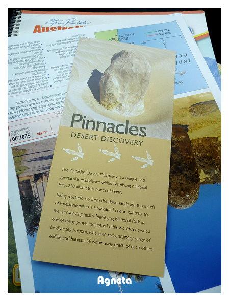 Nambung國家公園的 尖峰石林Pinnacles Desert。繳了11元/車入場費。