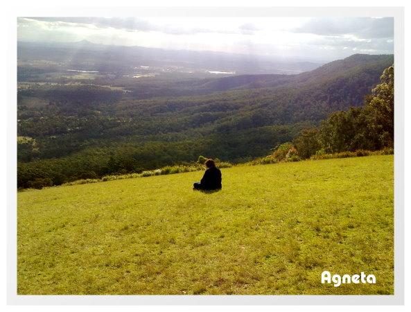 大斜坡草原 下面是山谷風景