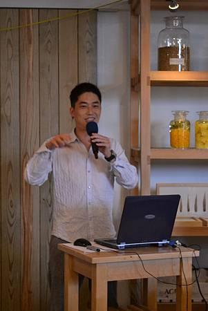 20111128-1金橘的異想世界--盛業信教授.jpg