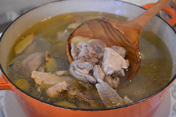 20111128金橘輕食宴-3 桔香獵人雞湯.jpg