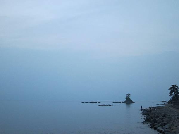 005-雨晴海岸最美拍照的方向.JPG