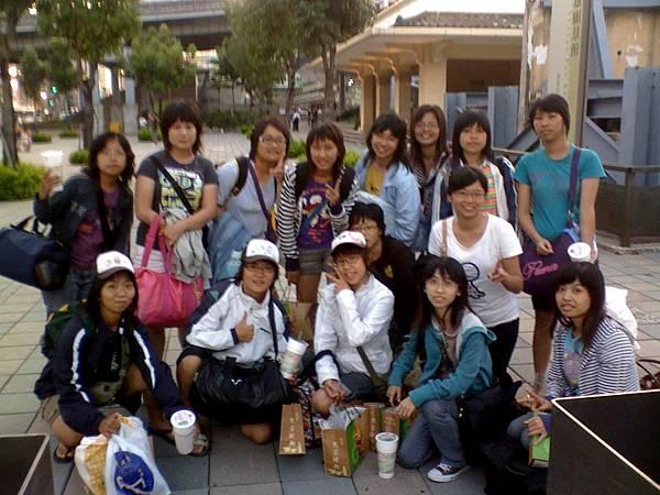 22-07-08_高小姐-15人.jpg