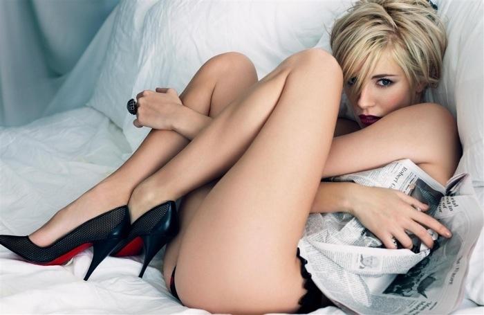 Sienna_Miller_Craig_McDean_1-full.jpg