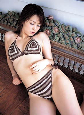 MAYUKOIWASA001.jpg