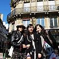 夢想成真...我們踏上法國的街道了