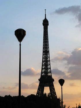 夕陽下的巴黎鐵塔