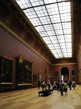巨大的展場...你看畫跟人的比例就知道有多大