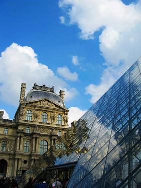 巴黎的天氣真難捉摸....一下天氣就變這麼好了