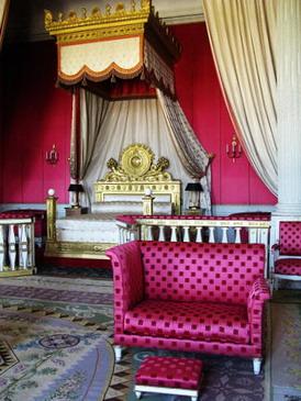 裝潢擺設也比較典雅,瑪莉皇后應該也愛粉紅色