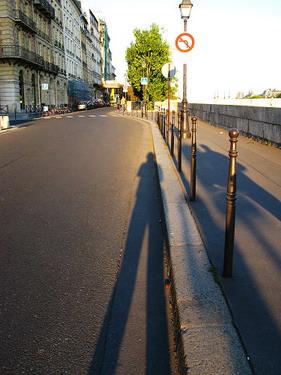 我只能說巴黎連犯人都可以天天欣賞美景阿