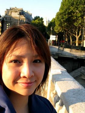 陽光好舒服..巴黎的陽光是享受