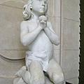 我很喜歡這個雕像..