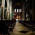 聖哲曼教堂小歸小卻一樣美麗