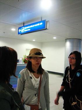 在越南機場等臨時出境證